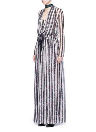 模特示范图 - 点击放大 - LANVIN - 碎花及条纹图案真丝薄纱上衣